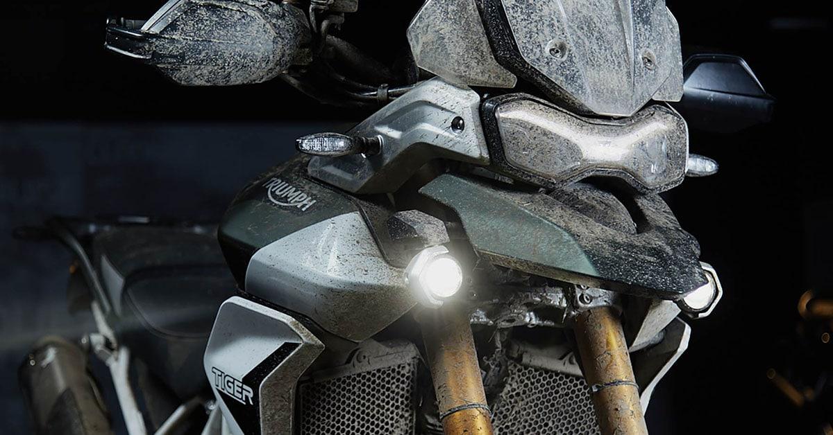 Modelos da Triumph Motorcycles estão no novo filme de James Bond